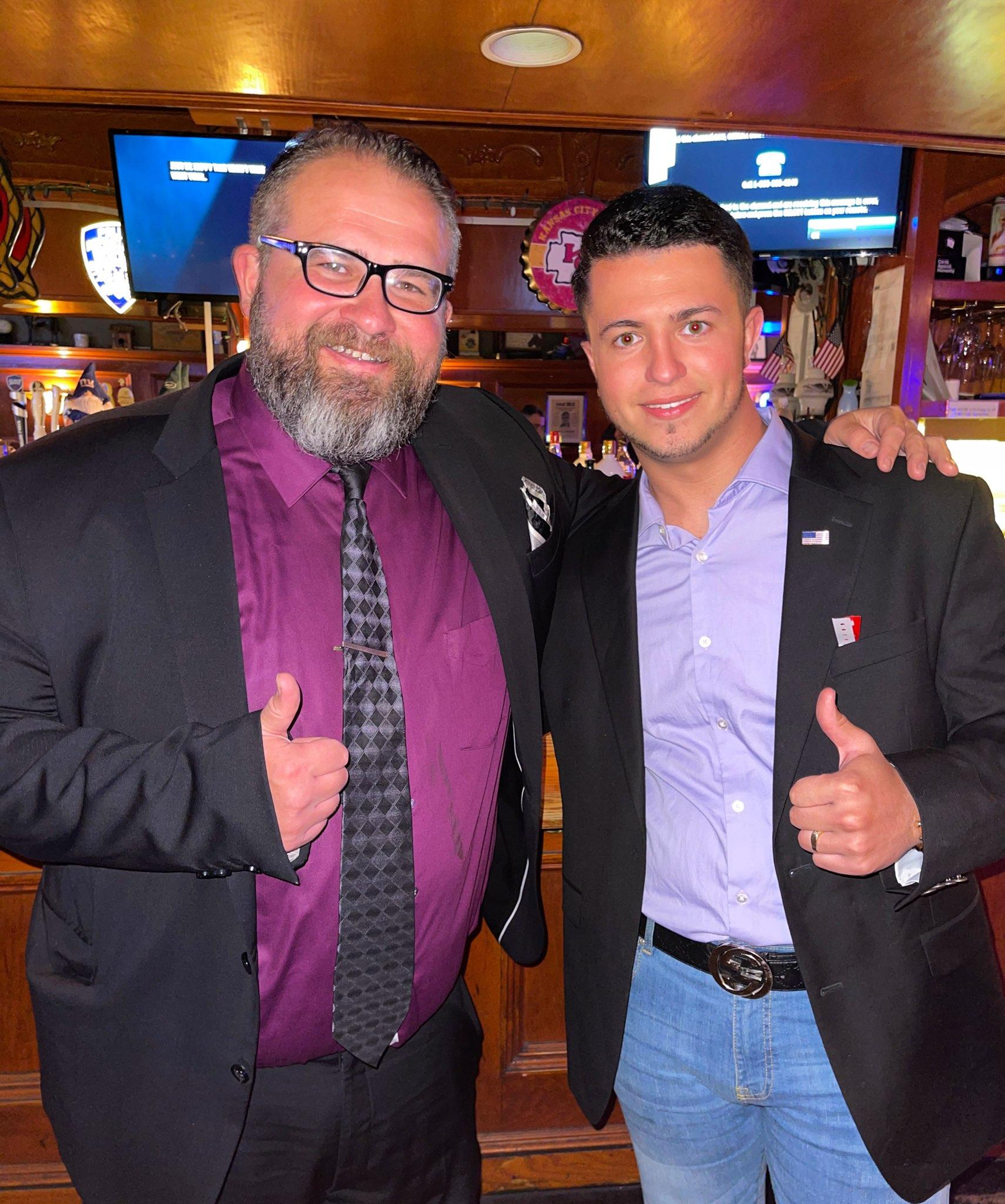 """Luke Gemma- """"I'm proud and excited to sign my seal support for Mark Szuszkiewicz for City Council in the 47th District."""""""